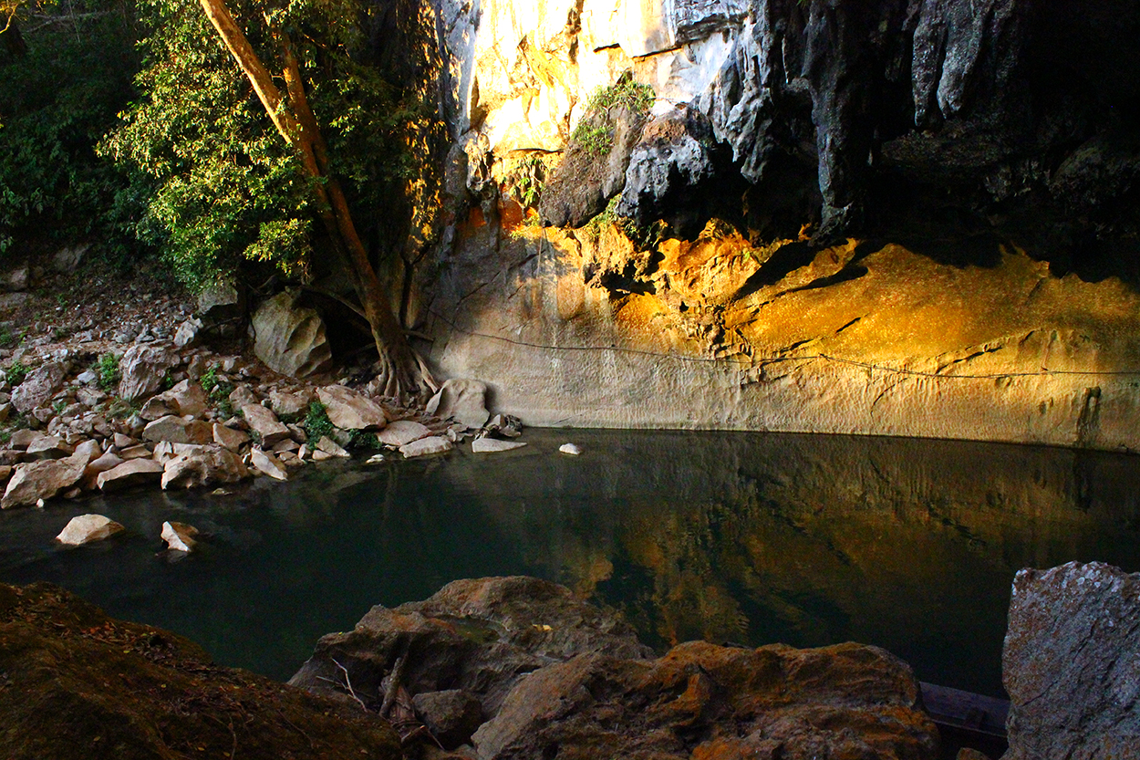 kong-lor-cave-3