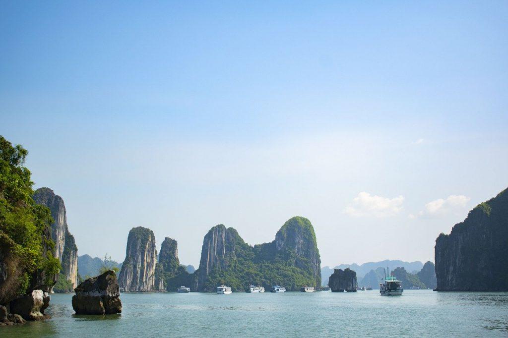 Zatoka Ha Long wycieczka z hanoi