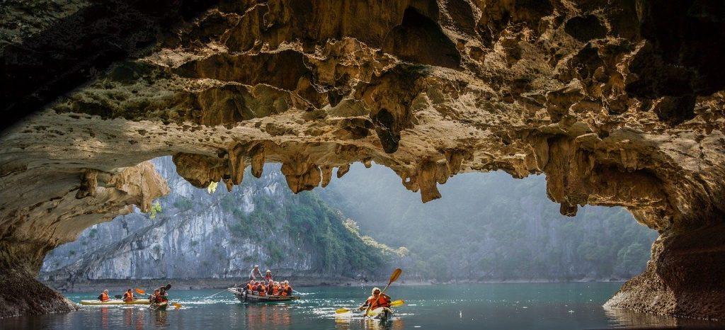 zwiedzanie na kajakach Vung Vieng wietnam