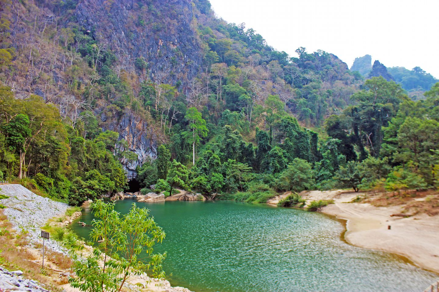 river-leading-to-konglor-cave-laos